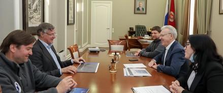 Губернатор Красноярского края предложил сделать полеты на Северный полюс визитной карточкой региона