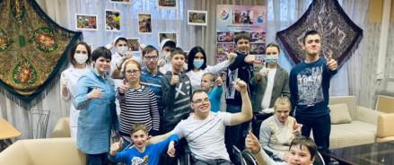 В Москве прошла серия профориентационных практикумов в рамках проекта «Студенты-наставники»