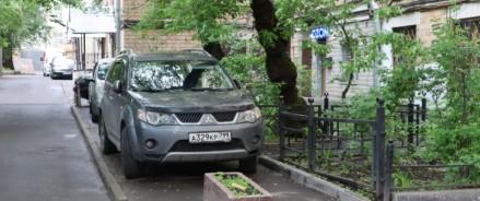 Народный фронт призвал власти обезопасить дороги к двум детским учреждениям в Москве