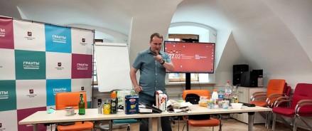 Около 150 участников проекта ОНФ «Серебряные эко-волонтеры» в Москве получили знания по раздельному сбору мусора