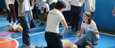 «Скорая в пути»: ученики восьми московских школ приняли участие в соревнованиях по оказанию первой доврачебной помощи