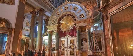 Чудотворную икону в воссозданном Казанском соборе заменит новый список с лика XVI века