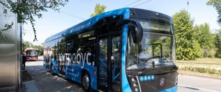 В Казани впервые на маршрут вышел электробус