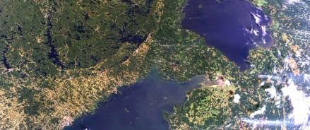 Ладожское озеро снимут из космоса