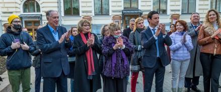 Вечнозеленые деревья станут символом многолетнего партнерства «Сименс» и Московской государственной консерватории