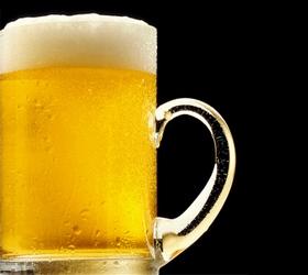Россиянам запретят пить пиво ночью