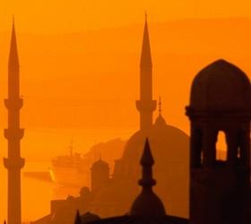 Жириновский призывает запретить россиянам отдыхать в Турции
