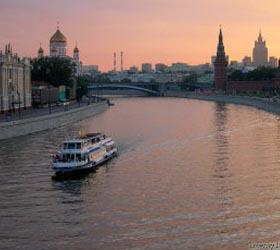 Москва растягивается