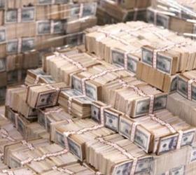 Чем достигнуто укрепление рубля?