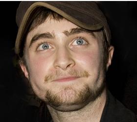 У Дэниэла Рэдклиффа была аллергия на очки, в которых он играл Гарри Потера.