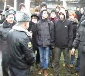 Студентов задержанных возле МГУ отпустили