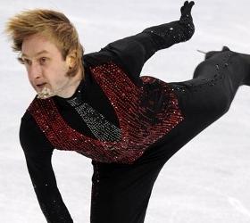 Евгений Плющенко в последний момент отказался выступать в Петербурге.