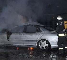 В Берлине жгут дорогие автомобили