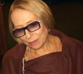 Инна Чурикова доставлена в больницу с переломами рук