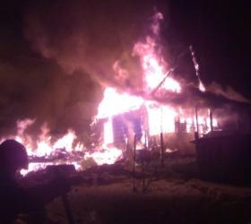 В Красноярском крае в пожаре погибли двое детей