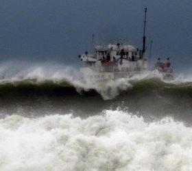 В районе Южных Курил эвакуировано судно.