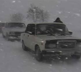 Из-за снегопада в Волгоградской области на трассе заблокировано 67 автомобилей