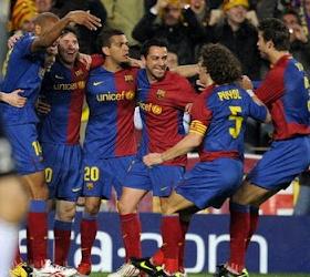 «Барселона» смела соперников с поля