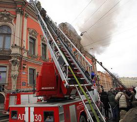 Пожар во дворце на Невском ликвидирован