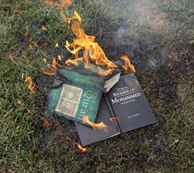 Генерал НАТО извинился за сожжение Корана