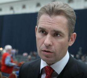Астахов потребовал создания программы предотвращения детских самоубийств