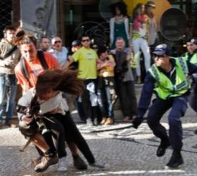 Массовыми столкновениями обернулся марш-протест в Португалии
