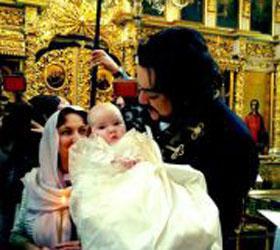 Филипп Киркоров крестил дочь в закрытом храме