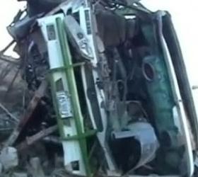 В Румынии в обрыв упал автобус с пассажирами