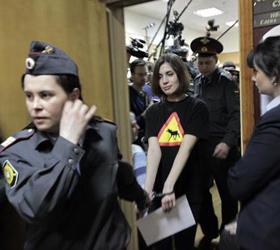 Адвокаты Pussy Riot написали жалобу в Страсбург