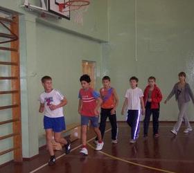 Учащаяся седьмого класса скончалась сегодня на уроке физкультуры в одной из школ Кировского района города...
