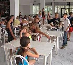Виновные в массовом отравлении детей в детском лагере ответят по уголовной статье