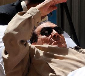 Экс-президент Египта вернулся из госпиталя в тюрьму