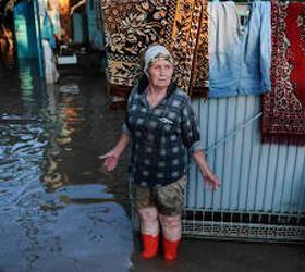 Медведев дополнительно выделит 300 млн рублей на помощь пострадавшим на Кубани