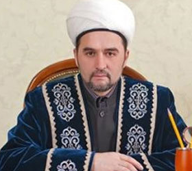 В Казани ранили муфтия Татарстана, а его заместителя убили