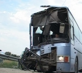 В Ростовской области при столкновении «КамАЗа» с автобусом погибли дети