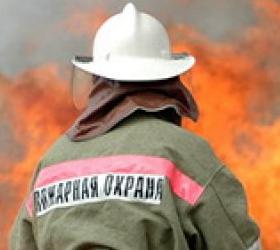 В северо-западной части столицы горит завод