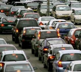 Авария на севере Москвы привела к трехкилометровой пробке