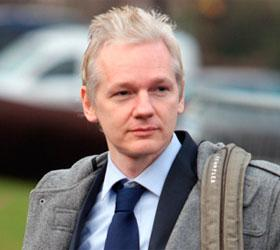 Джулиан Ассанж призвал Барака Обаму прекратить охотиться на Wikileaks