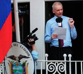 ОАГ решила принять сторону Эквадора в его разногласиях с Британией из-за Джулиана Ассанжа