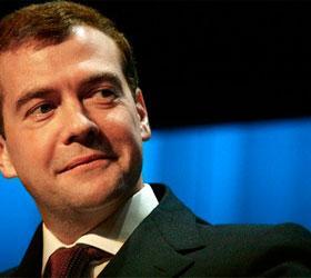 Медведев сообщил, что интернет-повестка искажает представления о жизни государства