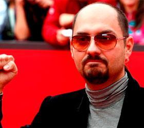 Труппа театра имени Гоголя хочет снять с должности худрука Кирилла Серебренникова