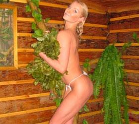 Волочкова посоветовала участницам группы Pussy Riot идти мыть общественные туалеты