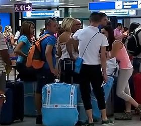 Из-за сбоя в системе электронной регистрации в аэропортах России задержаны сотни рейсов