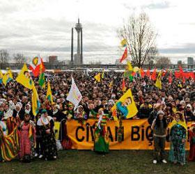 Немецкий фестиваль курдов обернулся столкновением с полиций