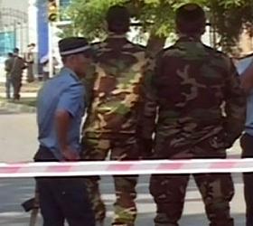 В Грозном у многоэтажного дома прогремел взрыв