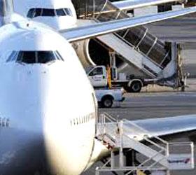 Из-за угрозы взрыва в Нью-Йорке  в экстренном порядке приземлились два самолета