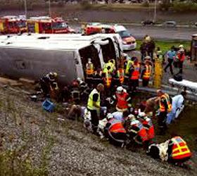 Разбился автобус с туристами