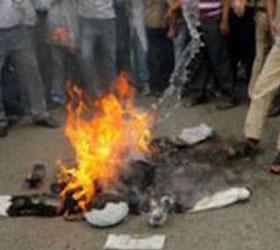 Убийцу двух детей сожгла заживо разъяренная толпа