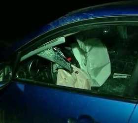 В столице автомобиль вылетел в остановку и сбил трех человек