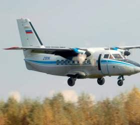 На Камчатке самолет при взлете застрял в грязи